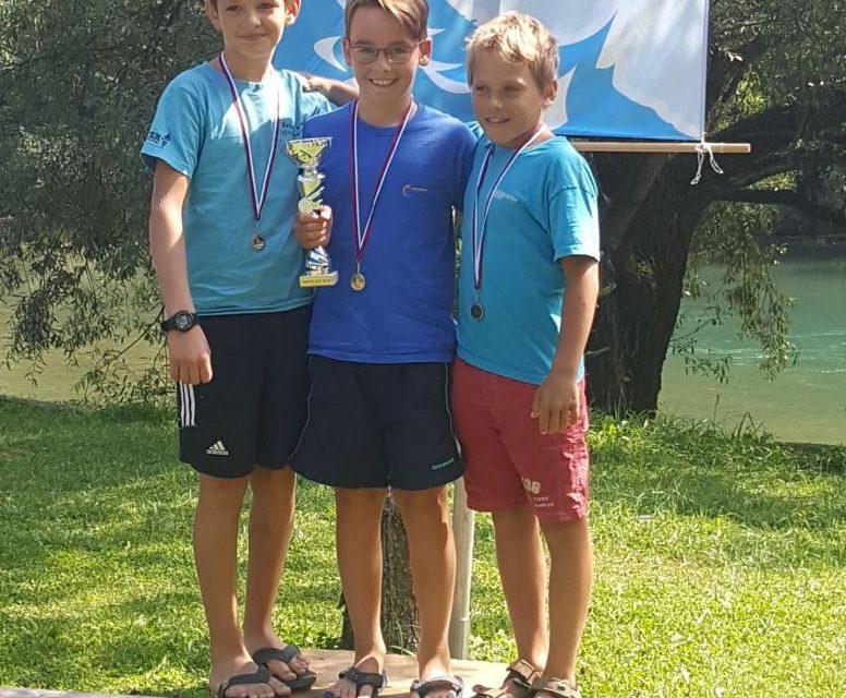 5 medalj za mlajše spustaše v Radovljici