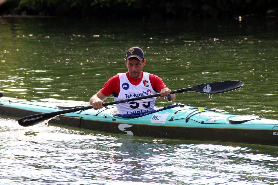 Fedja Marušič rekorder 24ur veslanja za dober namen