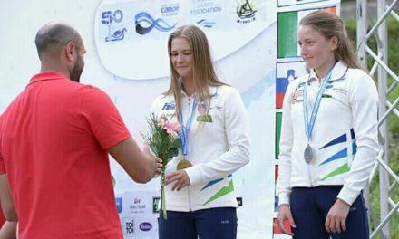 Lea Novak in Eva Alina Hočevar evropski podprvakinji v sprintu na divjih vodah